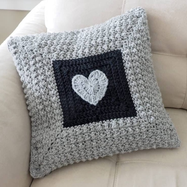 Aligned Cobble Stitch Pillow - Easy Crochet Valentine's Day Free Patterns for Beginners
