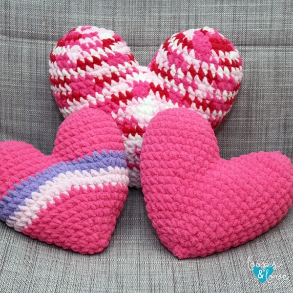 Crochet Heart Pillow - Easy Crochet Valentine's Day Free Patterns for Beginners