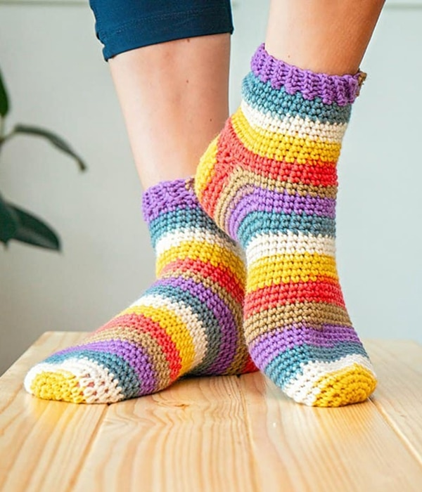 Felici Crochet Socks - Easy Crochet Sock Patterns for Beginners