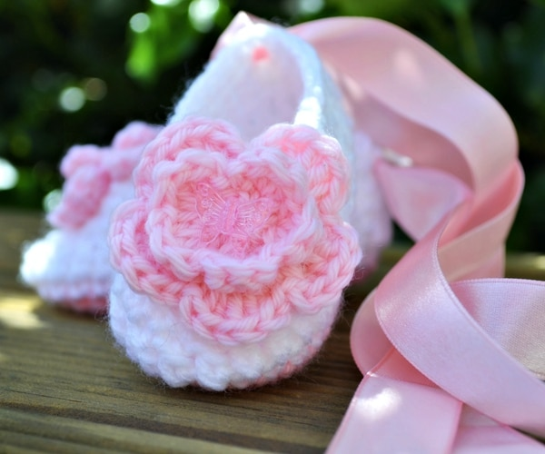 Baby Ballet Slippers - Easy Crochet Baby Bootie Patterns for Beginners