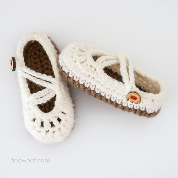 Double Strapped Baby Mary Janes - Easy Crochet Baby Bootie Patterns for Beginners