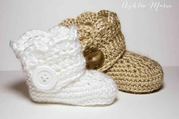 Wrap Around Button Booties - Easy Crochet Baby Bootie Patterns for Beginners